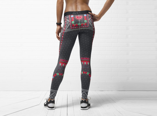 Nike Women's Pro Tight Christmas Design