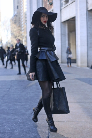 New York City Street Fashion Womens Wear Lincoln Center All Black Everything